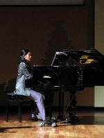 04_pianistin